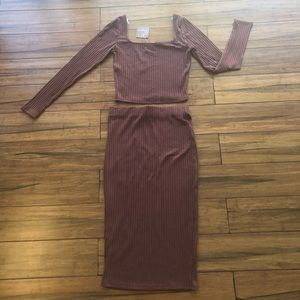 NWT - brown crop top and skirt set - size small